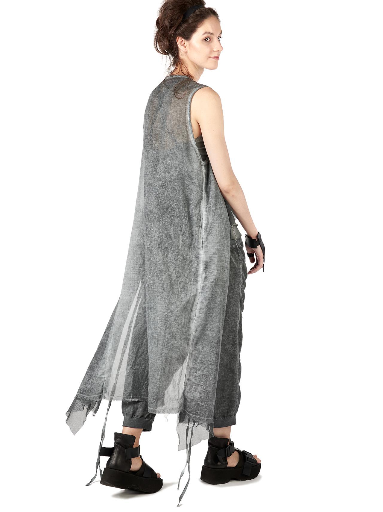 LINYA vest